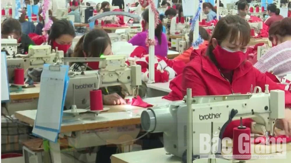 Giảm mật độ, quy mô họp chợ phiên và tăng cường sản xuất khẩu trang phục vụ phòng dịch Covid-19